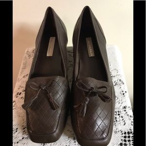 ENZO ANGIOLINI. BROWN FLAT SHOES